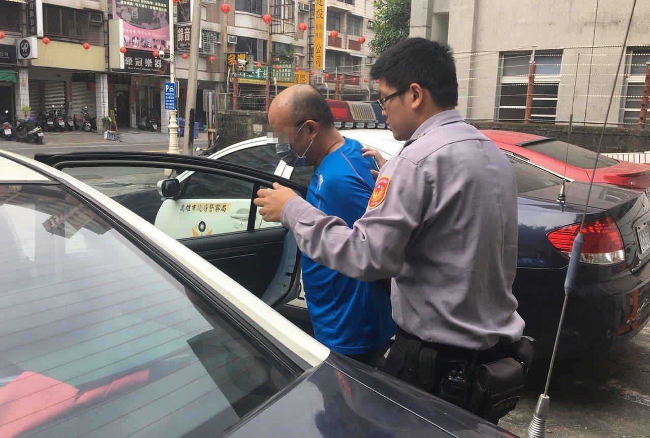 警方將陳男依涉嫌公共危險、妨害公務等罪嫌疑移送檢方偵辦。記者劉星君/翻攝