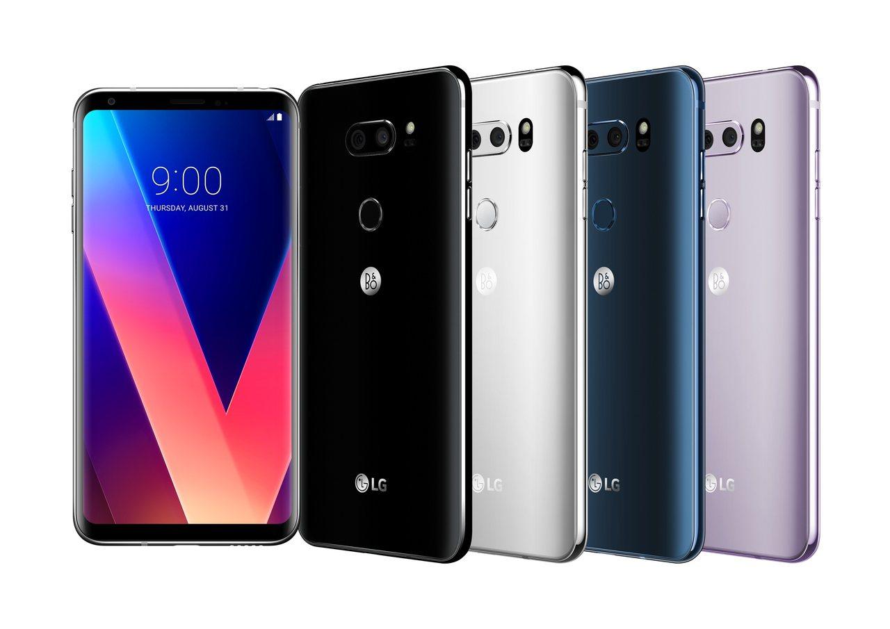 LG V30+機身厚度僅有7.3mm,機身前後呈現滑順弧線,兼具舒適握感與時尚質...