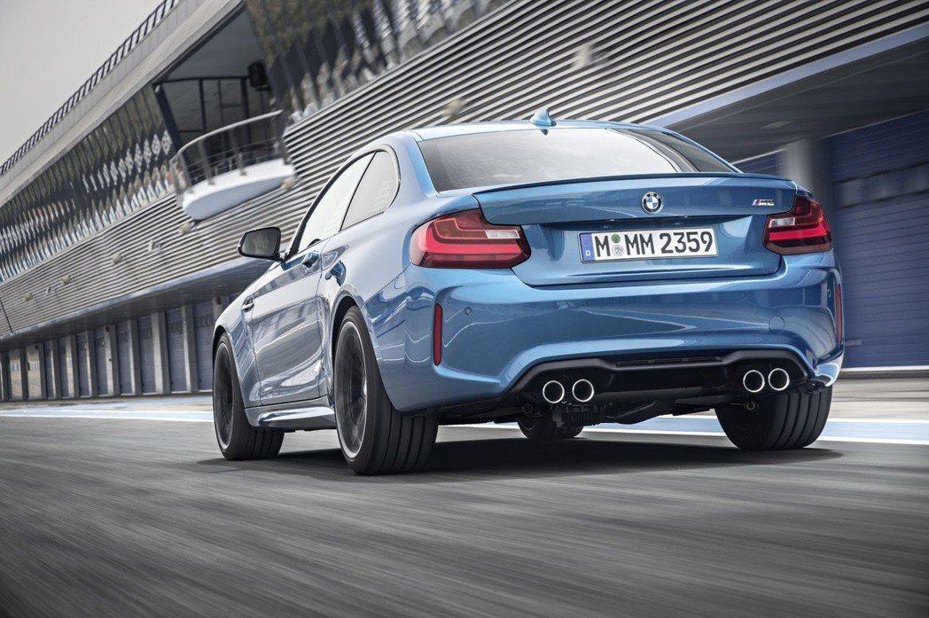 圖為BMW M2。 摘自BMW