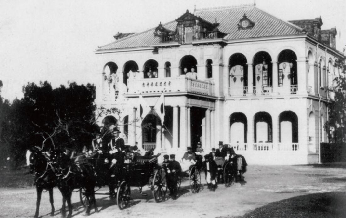 臺中御泊所,皇太子裕仁便是在此住宿,也作為臺中州知事官邸,1972年拆除改建為臺...