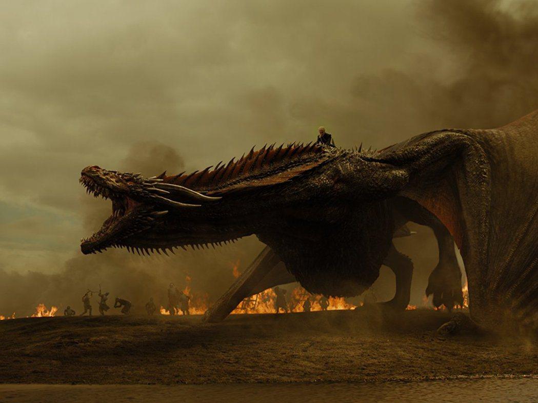 「冰與火之歌:權力遊戲」場面浩大,情節精彩,卻未獲金球獎青睞。圖/摘自imdb