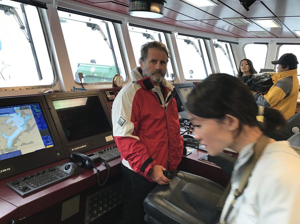 綠色和平「彩虹勇士號」抵基隆 明後兩天開放參觀