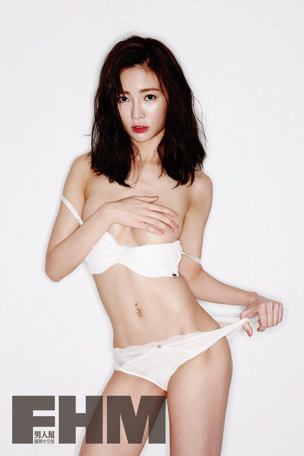 舒子晨為雜誌拍攝性感照。圖/FHM男人幫國際中文版提供