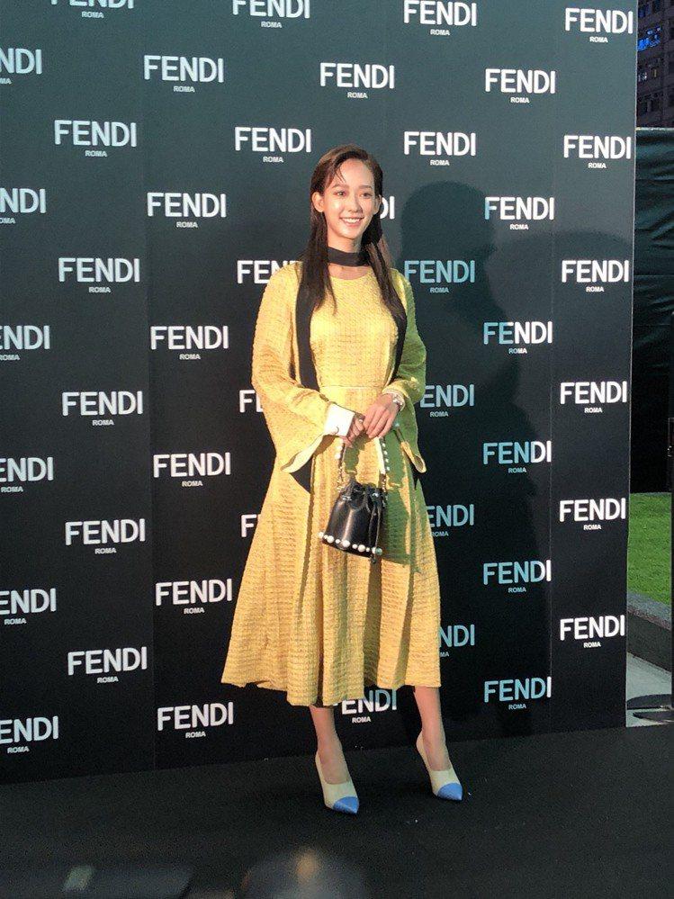 孟耿如選擇鮮豔顏色的裙裝出席Fendi耶誕點燈活動。圖/記者孫曼攝影