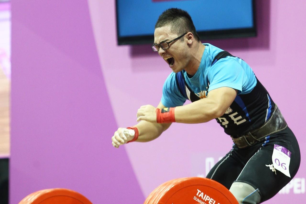 台灣選手江宗翰今天在男子77公斤級B組出賽,以總和314公斤在B組排名第6。 聯...