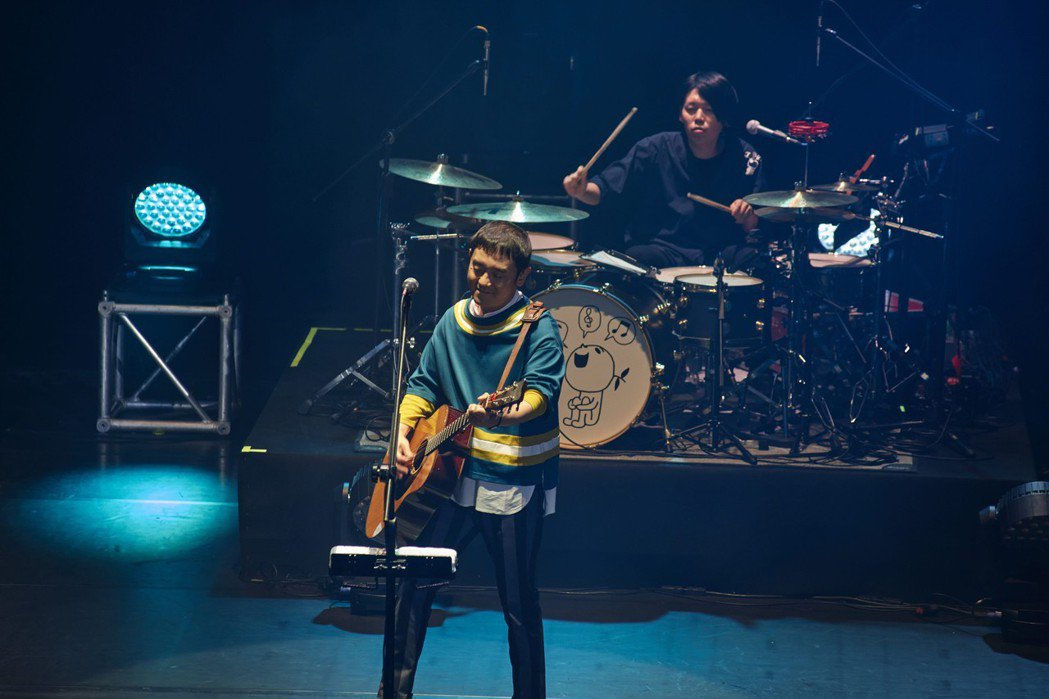 日本雙人樂團「柚子」2日晚間舉行亞洲巡迴演唱會台北場,首度用中文唱出他們的代表歌