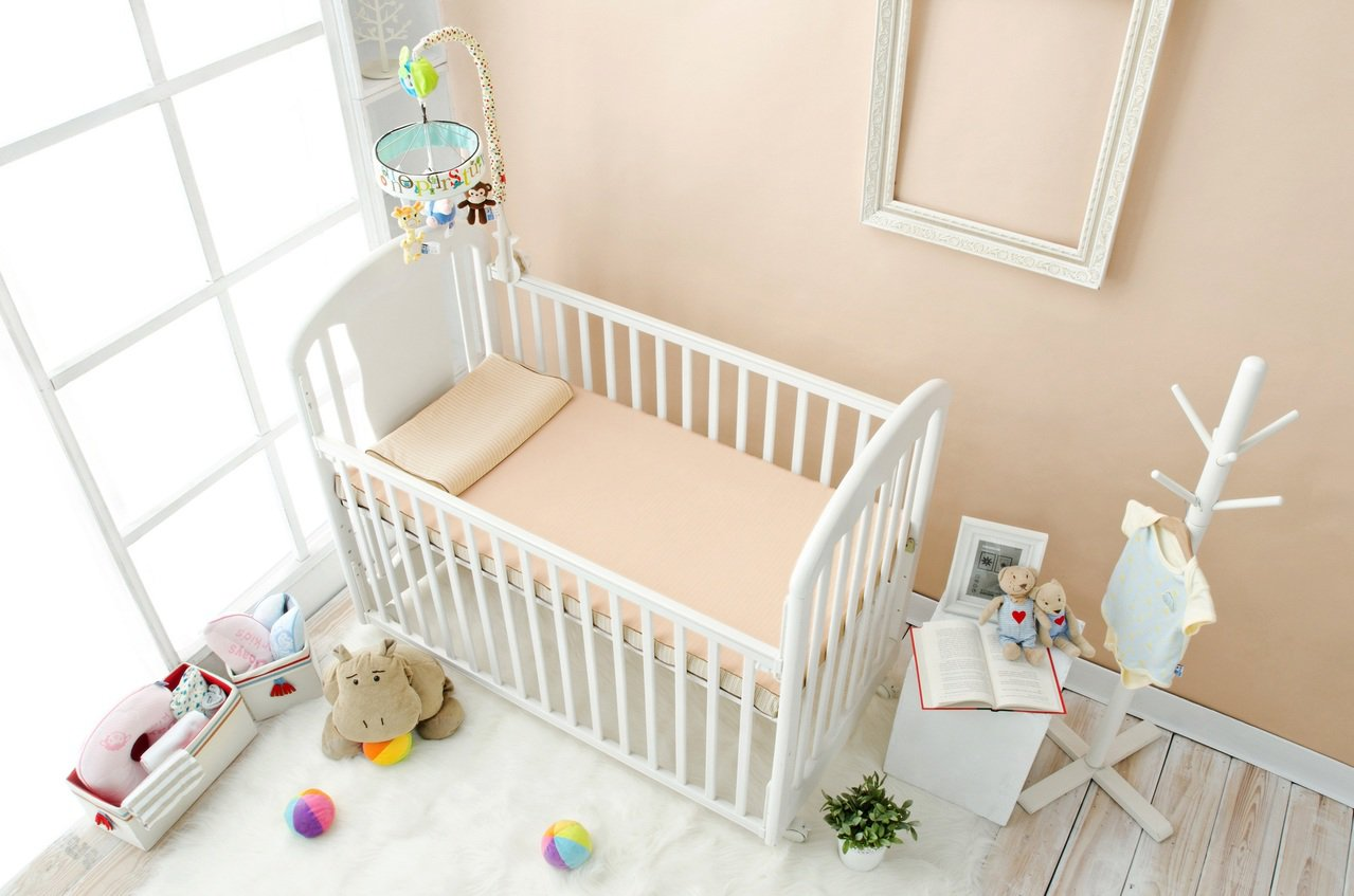 有機棉水洗透氣嬰兒床墊,原價19,800元,特價15,840元,加贈嬰兒枕。圖/...