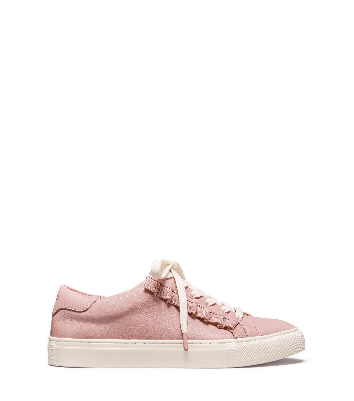 粉紅荷葉邊運動鞋,10,900元。圖/Tory Burch提供