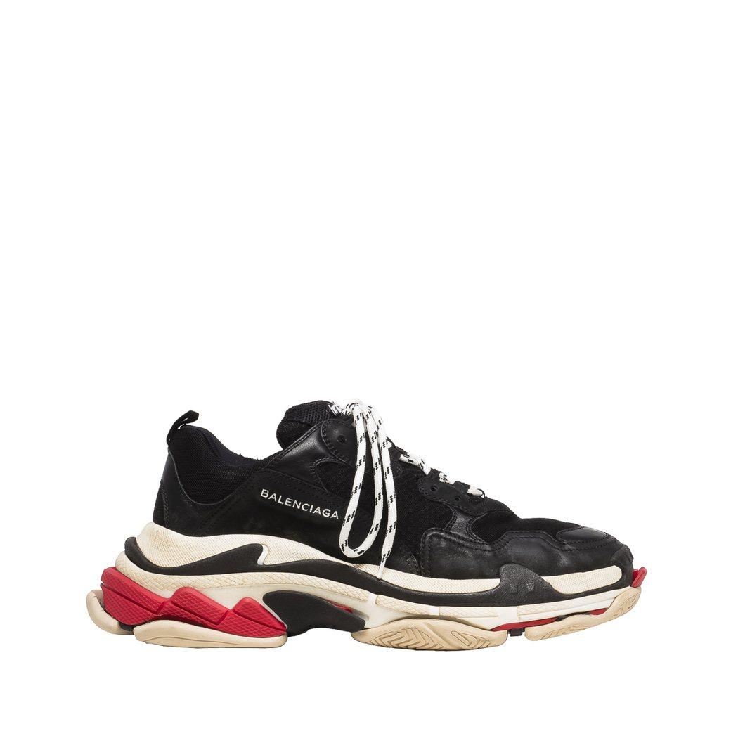 TRIPLE S女鞋,28,000元。圖/Balenciaga提供