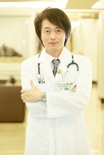彰基體重管理及糖尿病健康管理中心執行長謝明家醫師