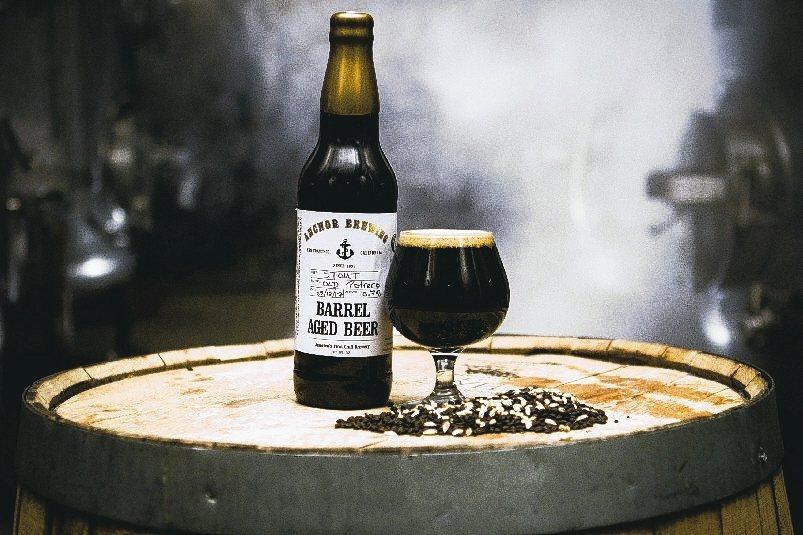 ANCHOR海錨酒廠限定款桶陳啤酒。 嘉馥貿易/提供