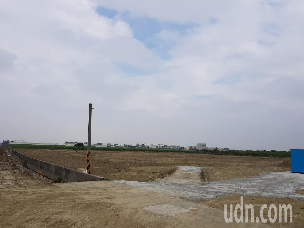 變電所預定地將變成種電場,台電七股太陽光電場預定明年7月完工。記者謝進盛/攝影