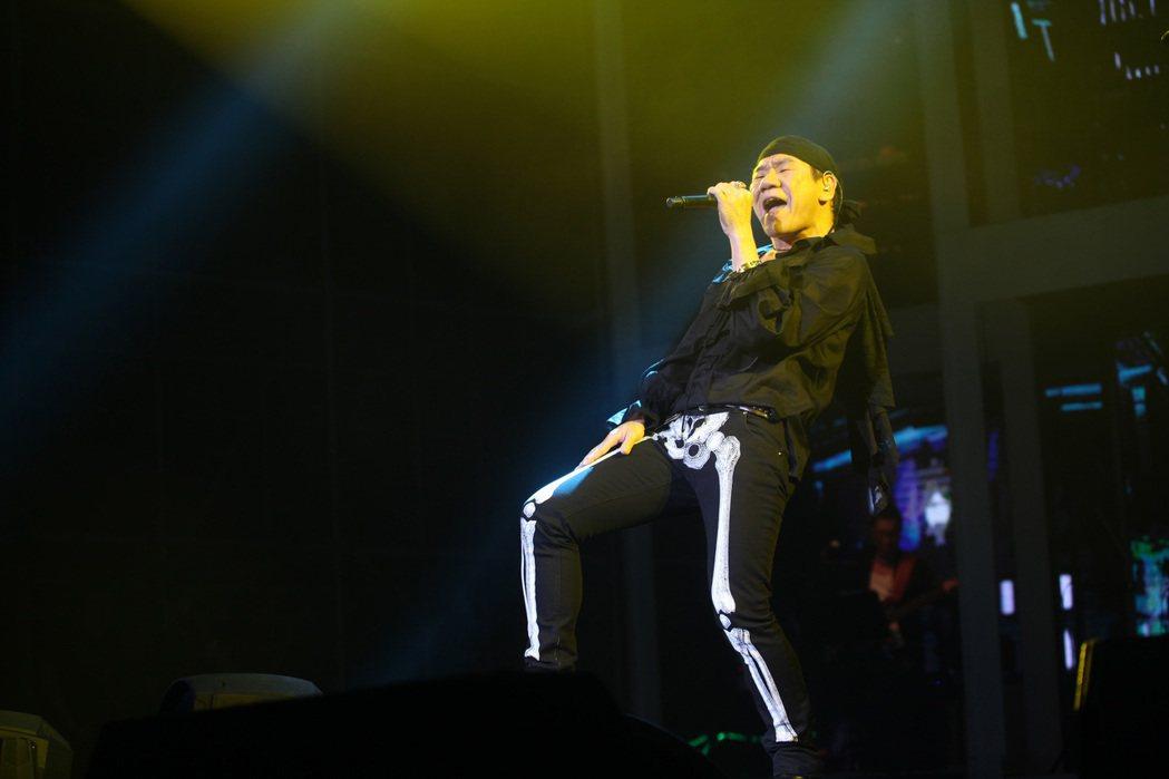 趙傳2日舉辦趙傳「時空迴旋」傳奇30世界巡迴演唱會深圳場。圖/旋風音樂提供