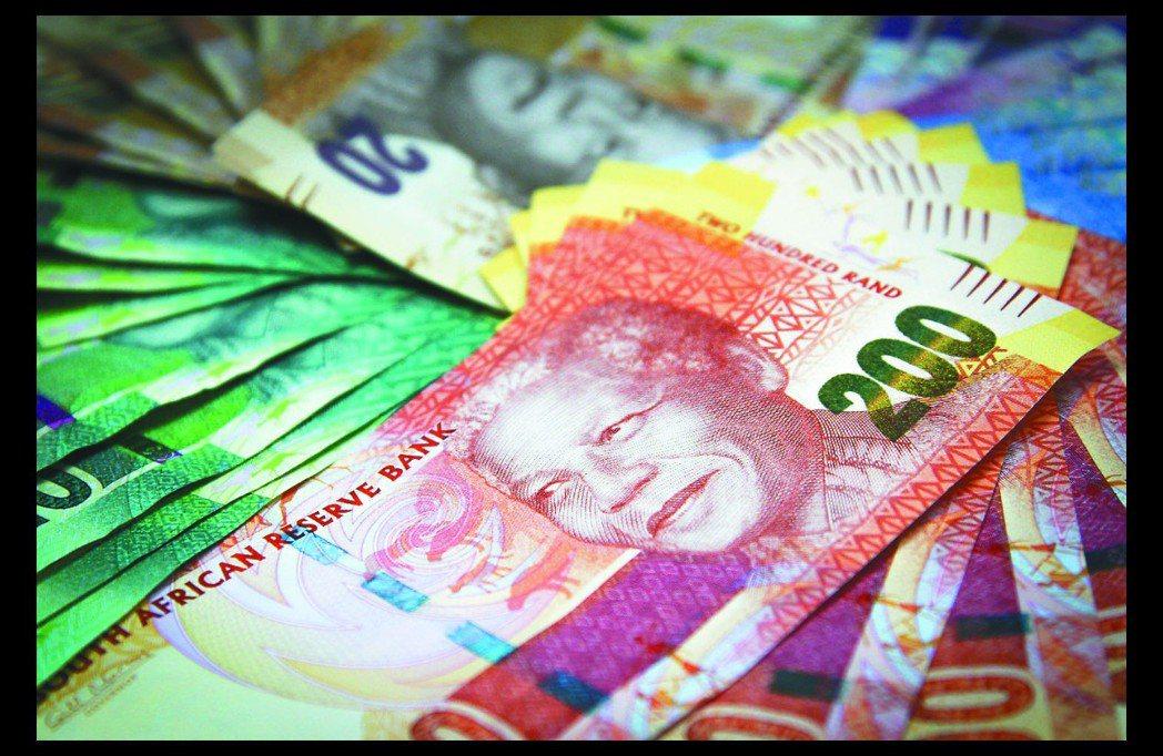 市場預期今年南非幣走升,但波動大,建議以閒置資金長期持有。 (報系資料照)