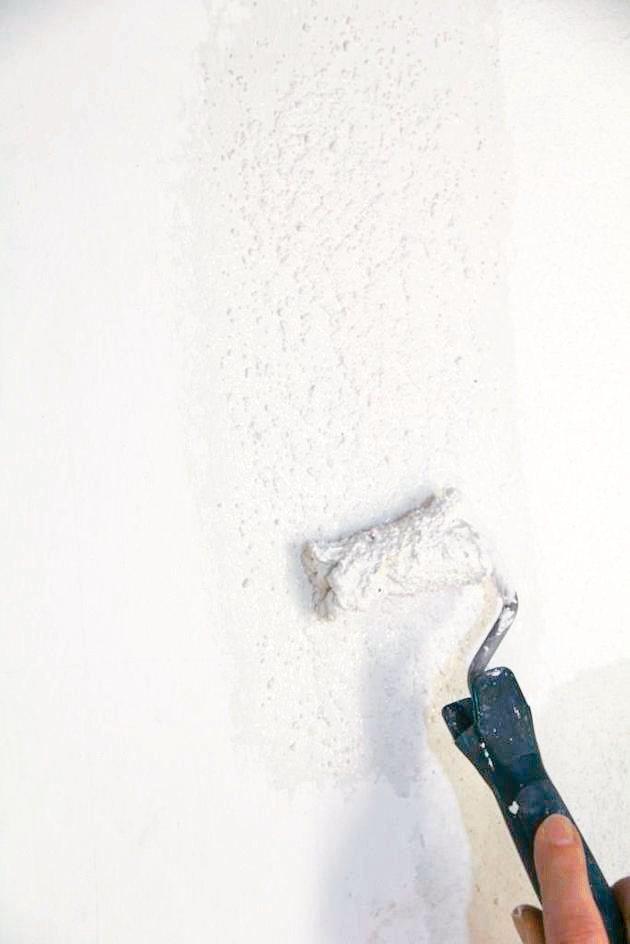 天然石灰塗料具絕佳透氣性及防霉菌功能,適用於新舊建物及歷史建物。 綜茂/提供