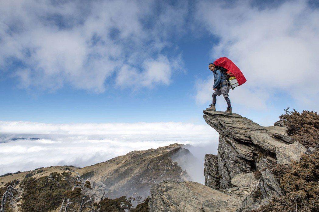 五岩峰是南湖北山通往北峰的稜脊,也是登山客進出南湖山區的關卡。 攝影|段志豪