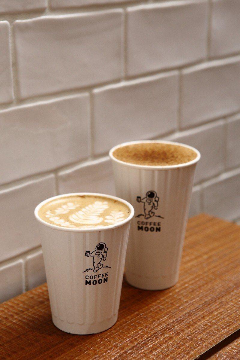蜂蜜(肉桂)拿鐵75元(前)/喝得到蜂蜜的香純,肉桂更帶出了咖啡層次,很溫暖的一...