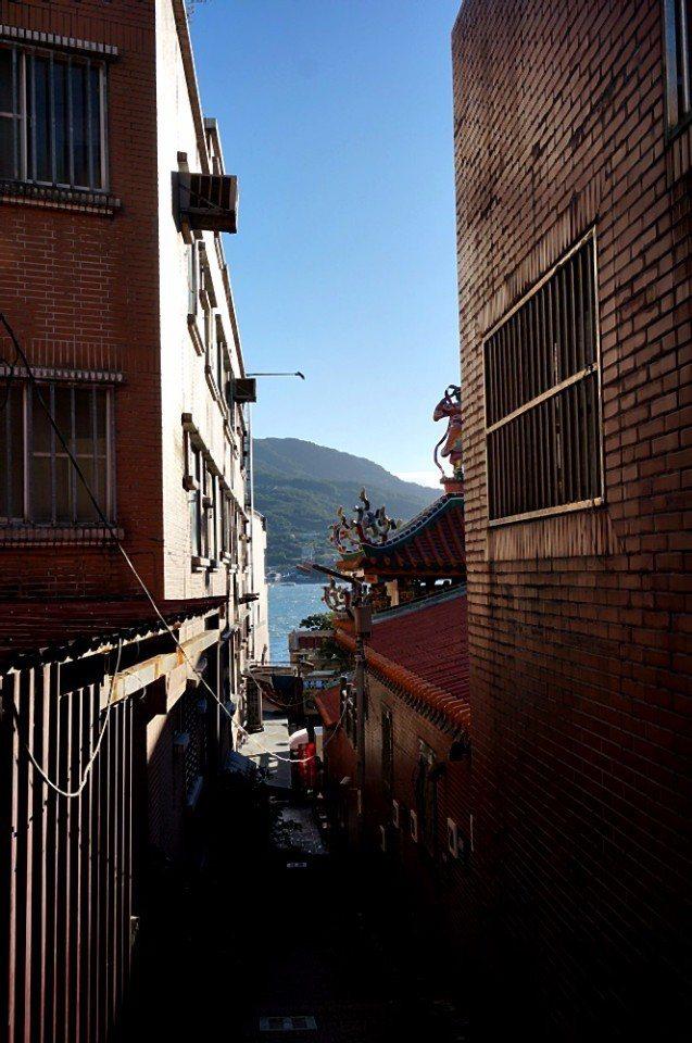 重建街有山城淡水的印象,跟九份有幾分類似。(攝影/林郁姍)