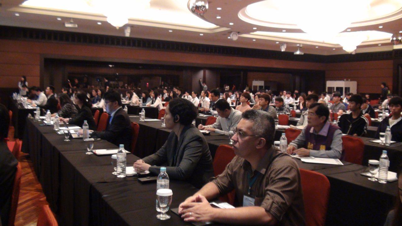 「新南向:城市合作與共創公共財」國際研討會。邀菲律賓、越南、泰國、新加坡、馬來西...