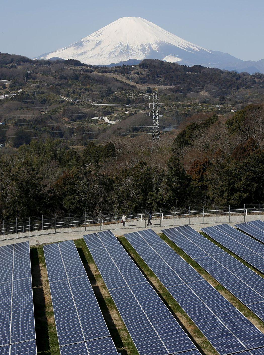 日本是全球名列前茅的太陽能生產國。(路透)