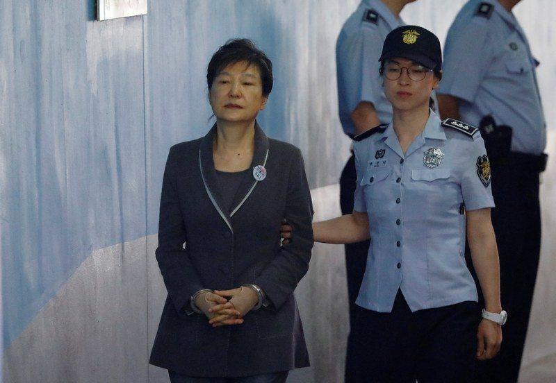 南韓前總統朴槿惠在去年12月9日遭國會彈劾下台。路透