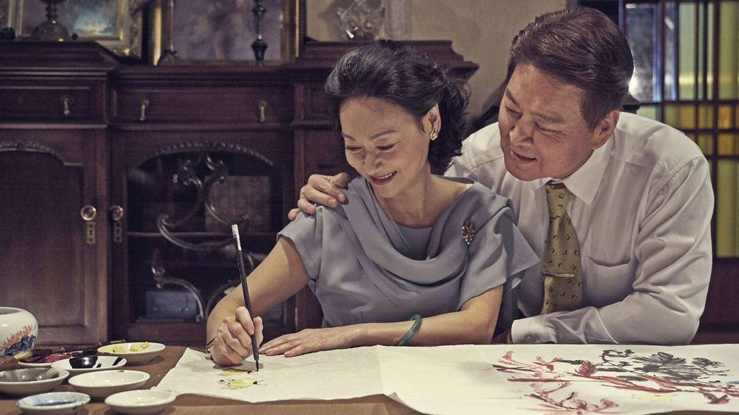 惠英紅(左)與劉尚謙(右)在「血觀音」有精彩表演。圖/双喜提供