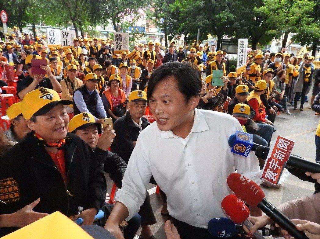 時力立委黃國昌罷免案電視說明會今天舉辦,黃國昌將出席澄清指控。 本報資料照片