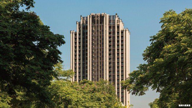 敦南寓邸打造千坪方正基地,地下4層地上27層的市中心地標豪宅。 業者/提供