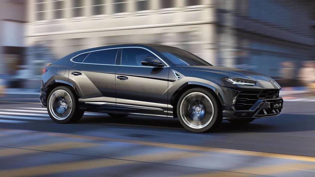 Lamborghini Urus 零百加速僅需3.6秒。 摘自Lamborghi...