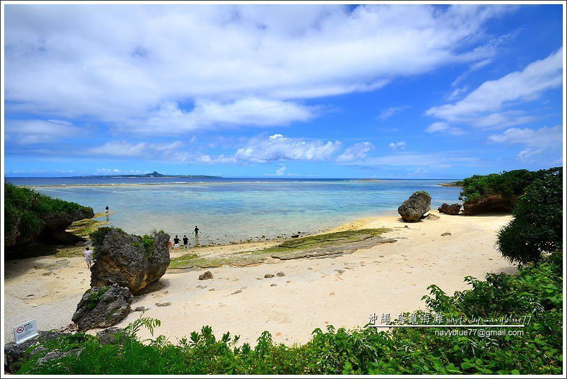 ↑烏龜海濱是一座100公尺左右的極淺礁砂海濱,雖然不適合遊泳,但玩水看海也很棒。