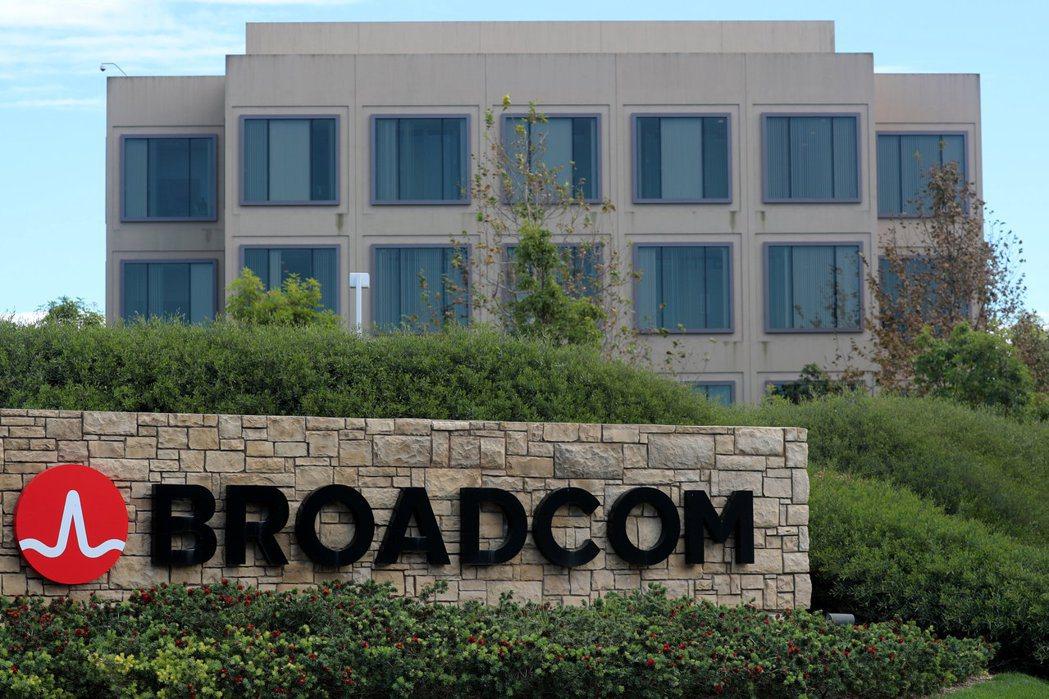 晶片大廠博通(Broadcom,見圖)對高通發動敵意收購第一步。(圖/路透)