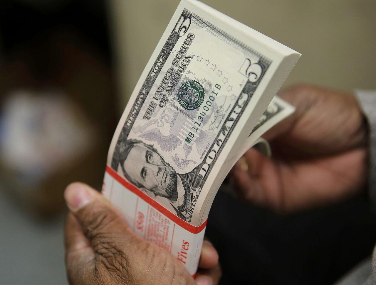 部分市場人士對於稅改能帶給美國多大經濟成長仍表質疑。(路透)