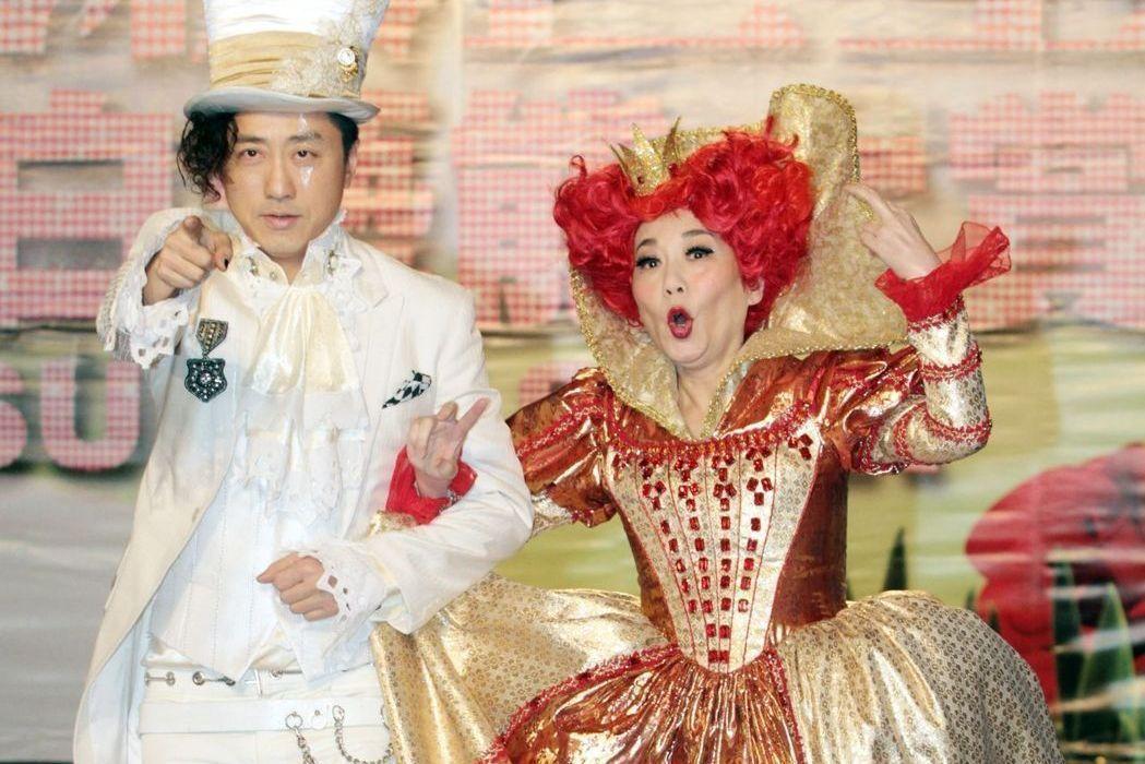 哈林去大陸賺人民幣後,就沒辦法再回台灣主持節目了,去年錄「紅白」,還是張小燕拜託...