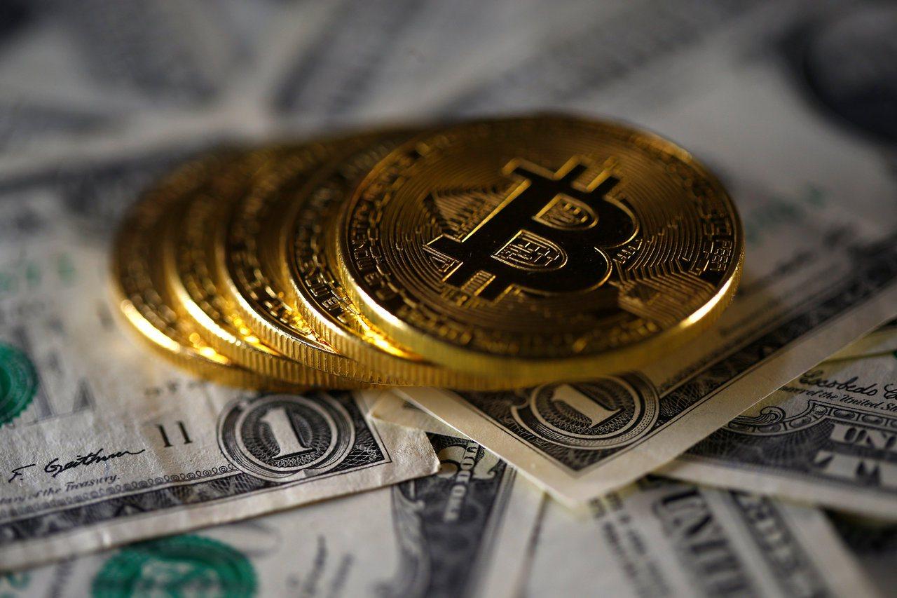 隨著芝加哥商品交易所(CME)、芝加哥期權交易所和那斯達克交易所都計劃推出比特幣...