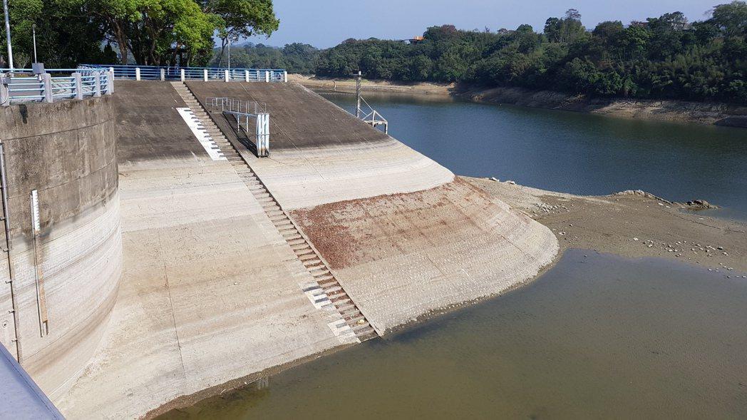 苗栗縣明德水庫蓄水量只剩24.48%。圖/本報資料照片