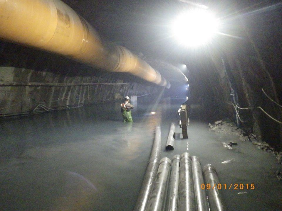 已貫通的蘇花改谷風隧道最近發生大規模抽坍,數量高達1萬立方公尺,圖為104年元月...