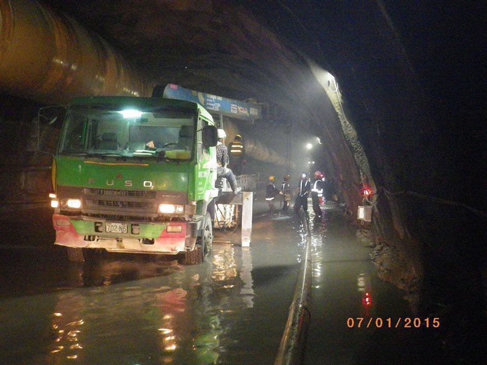 已貫通的蘇花改隧道有史以來大坍方 擔心影響全線通車