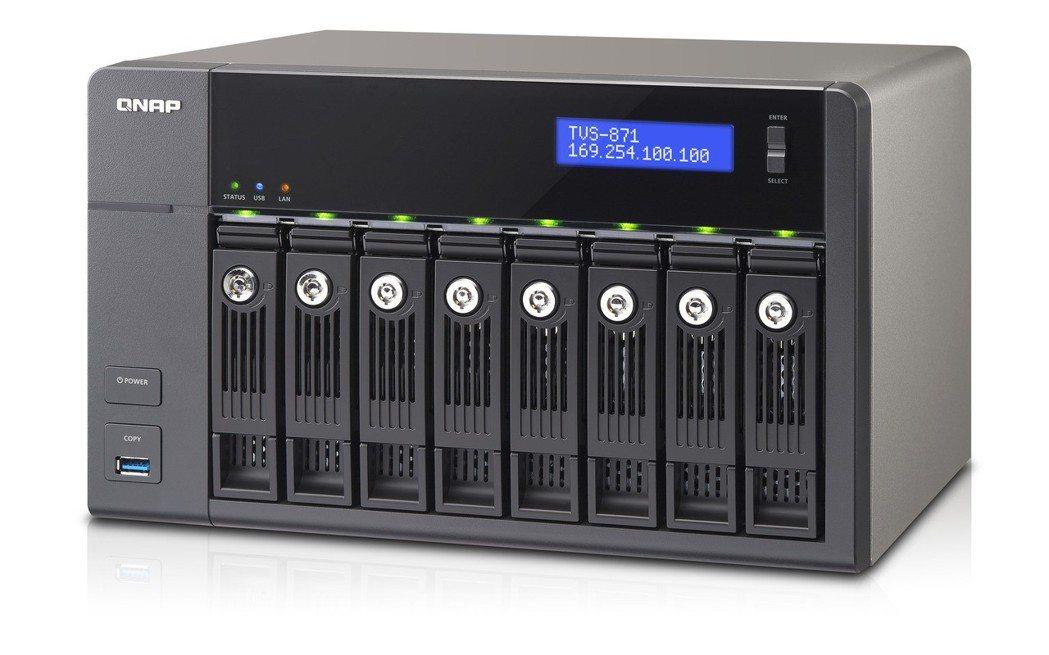 威聯通於資訊月以體驗帶動促銷,圖為TVS-871搭載直覺易用的QTS作業系統,是...