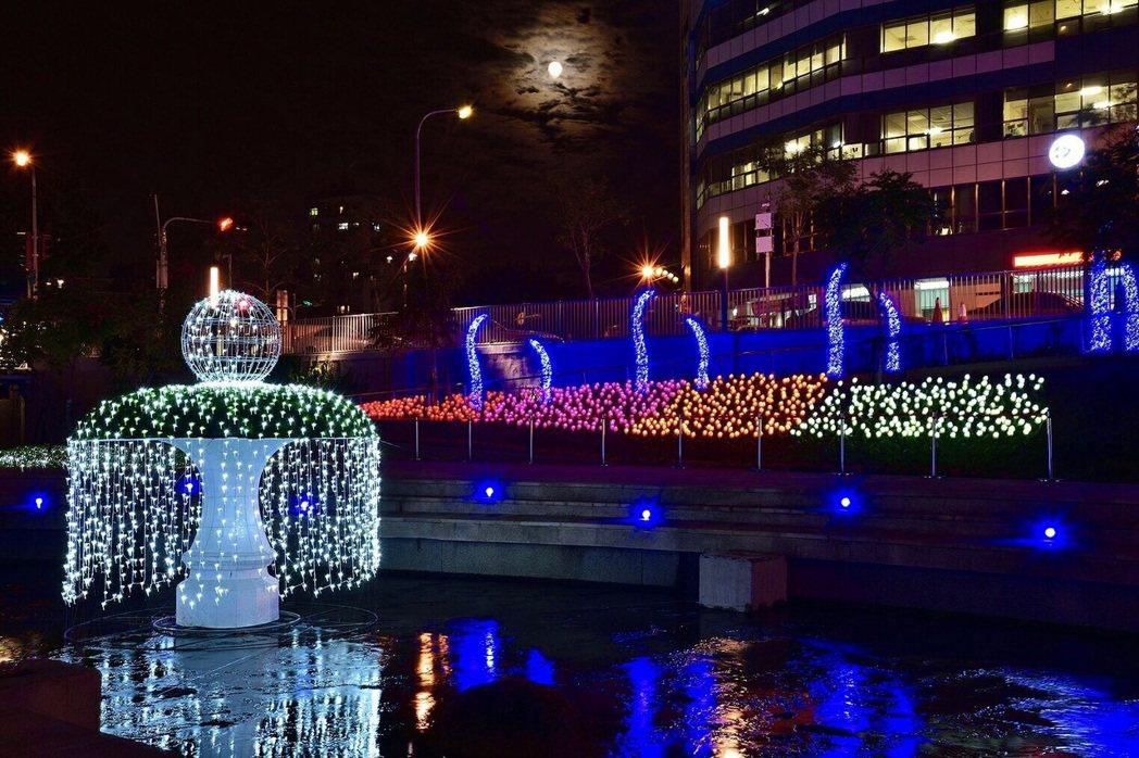 「花漾柳川河岸光景藝術展」將於12月9日同步點燈,以LED打造「禮物盒」、「許願...