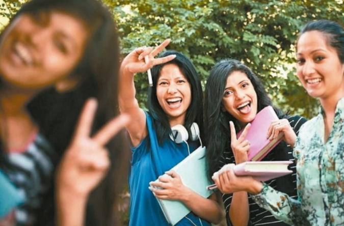 教育部新南向政策「娘家外交」,鼓勵新住民子女返鄉溯根及職場體驗,參與東南亞語課程...