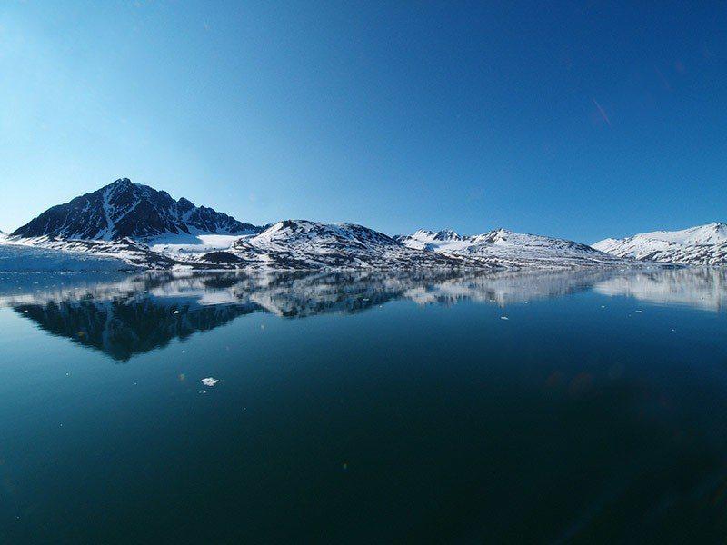 格陵蘭冰原如果全部融解,地球海平面可能升高6.5公尺。