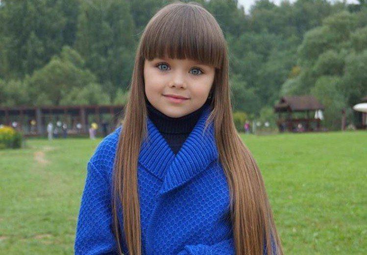 俄羅斯女童琪亞澤娃被封為「世上最美麗的女孩」。圖/翻攝自Instagram