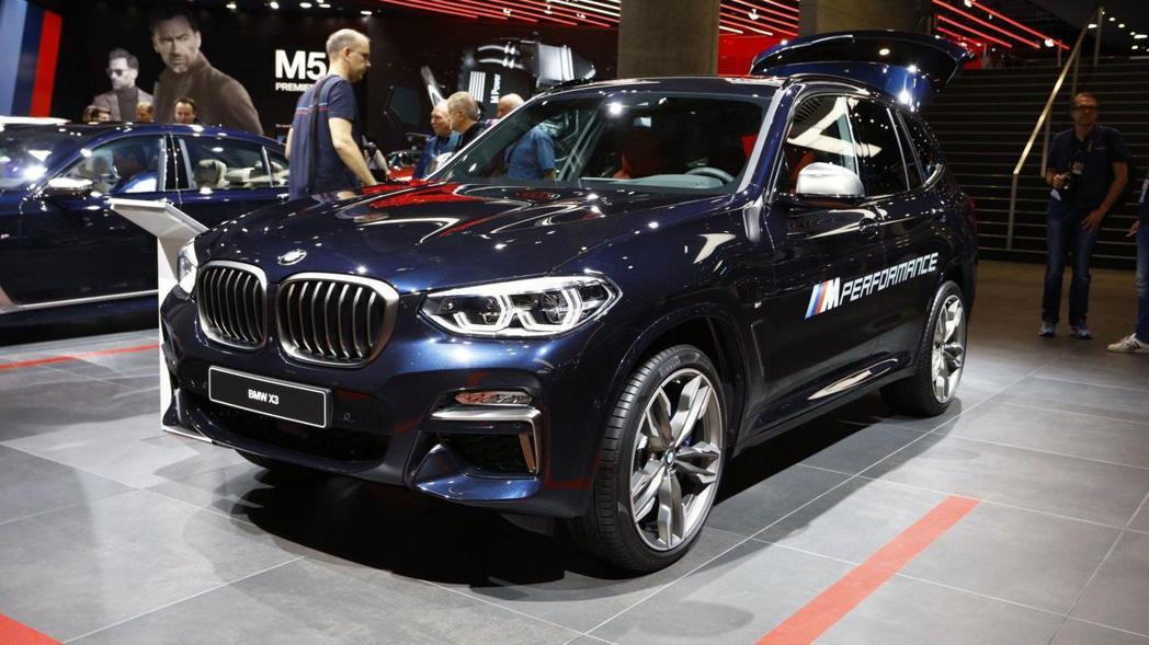 圖為BMW X3 (G01)。 摘自BMW