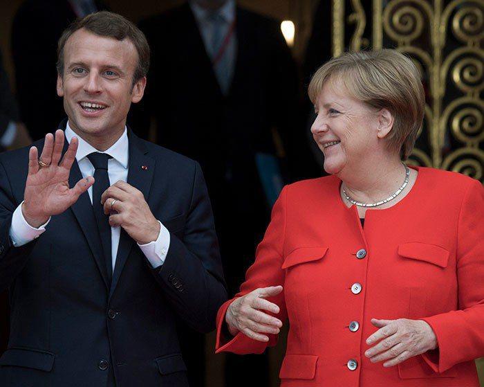 從2018年起,歐盟可能要開始習慣逐漸弱化的梅克爾(右)及德國,並適應有野心執掌...