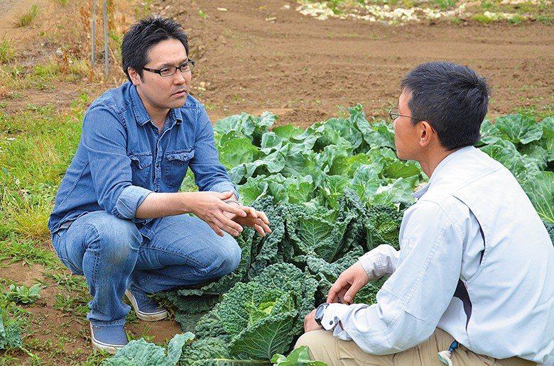 即便能以許多大數據擬定平台未來行動方針,菊池紳仍會與團隊定期實地下鄉探訪農作職人...