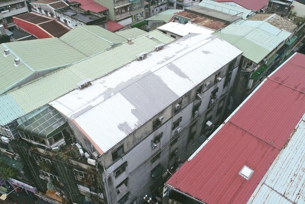 台北市、新北市府都表示會大力掃蕩違建。 本報資料照