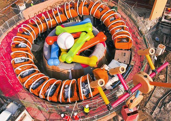 新的彈簧狗團團轉(Slinky Dog Spin)設施。擷取自澎湃新聞網