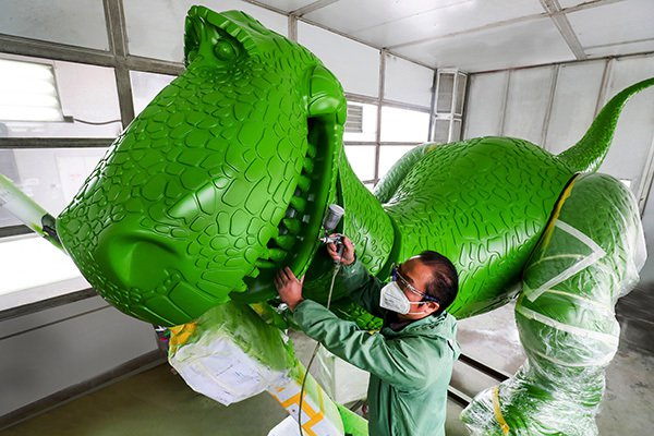 新的抱抱龍 Rex。擷取自澎湃新聞網
