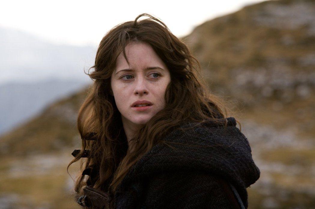 克萊兒佛伊成為新一代「龍紋身的女孩」。圖/摘自imdb