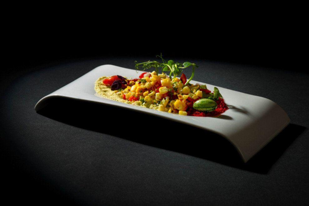 拿下亞洲50最佳餐廳第1名的Gaggan此番摘二星。圖/摘自官網